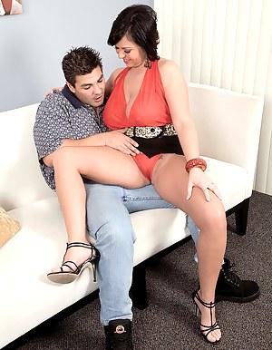 Free Mature Seduction Porn Pictures